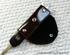 100% hand stitched handmade and hand dyed mahogany vegetable tanned leather key holder/ purse/ case