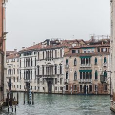 VENICE. ITALY. It's been raining cats and dogs in Venice today, but even in the very worst of weather I still think the city is beautiful. I love that you can turn a corner and happen upon the most unexpected and breathtaking of views. #itsgoodtobehome #onarainysunday #secretvenice