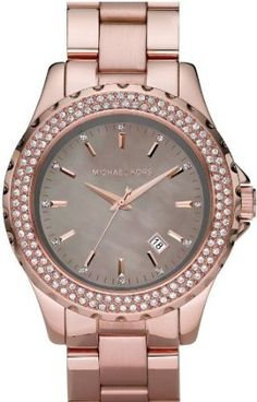 Michael Kors watch in Rose Gold. I wanted to buy this and of course it's out of stock. = (
