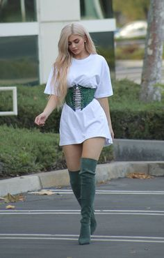 Kylie Jenner | Gianvito Rossi 100MM Suede Over-The-Knee-Boots | Celebrity Fashion and Style