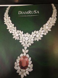#luxurydiamondnecklace India Jewelry, Fine Jewelry, Diamond Jewelry, Diamond Necklaces, Station Necklace, Luxury Jewelry, Beautiful Necklaces, Wedding Jewelry, Girls Frocks