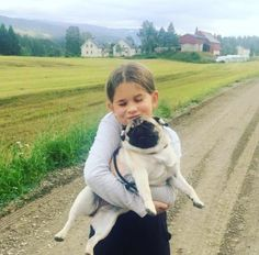 Little Sisters, French Bulldog, Have Fun, Children, Dogs, Young Children, Boys, French Bulldog Shedding, Kids
