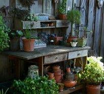 wohnstile: landhausstil: pflanztisch für den garten oder die, Gartenarbeit ideen