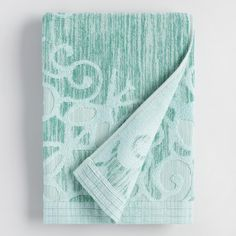 Dyed by a unique process with organic salts, each Alyssa bath towel is truly one-of-a-kind. The 100% cotton yarn absorbs the rich aqua green color in such a way that each one has slight variations.