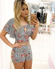 Ideas shorts with molds and patterns – Outfit Fashion - Best Fashion, Outfits & Trends Ideas Short Outfits, Casual Outfits, Summer Outfits, Cute Outfits, Short Dresses, Girl Fashion, Fashion Outfits, Womens Fashion, Fashion Trends