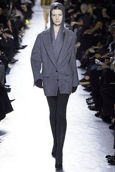 Yves Saint Laurent Fall 2007 - 11