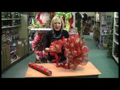 How to make a Christmas Wreath with Geo Mesh.