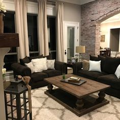 Cool 34 Extraordinary Brown Living Room Design Ideas That You Need To Try. Brown Couch Living Room, Beige Living Rooms, New Living Room, Living Room Decor Leather Couches, Small Living, Modern Living, Bedroom Brown, Elegant Living Room, Minimalist Living