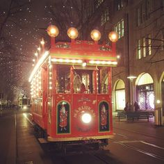 The story tram for kids during Christmas time in Zürich