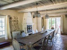 La salle à manger de la location de vacances Mas en pierre à Mornas ,Vaucluse - photo 22686 Crédits Maison en Provence (TM)