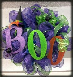 deco mesh wreath for Halloween