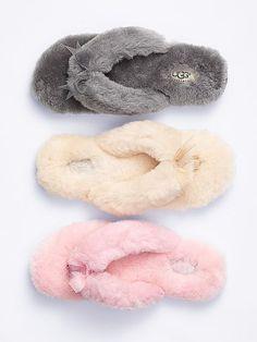 a714a93b5a4d9 110 Best Wholesale flip flops images