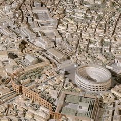 Archeologist Spends Over 35 Years Building Enormous Scale Model of Ancient Rome