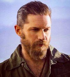 いいね!52件、コメント2件 ― TomHardyUSAさん(@tom.hardy.usa)のInstagramアカウント: 「So furry. So handsome.  #tomhardy #tomhardyfans #tomhardypics #tomhardysbeard #beard #beardking…」