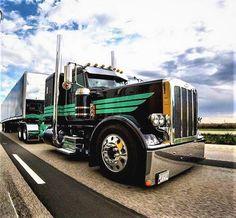 dodge #diesel #trucks Semi Truck Parts, Semi Trucks, Peterbilt 379, Peterbilt Trucks, Chevy Diesel Trucks, Dodge Diesel, Dodge Cummins, Freight Truck, Heavy Construction Equipment