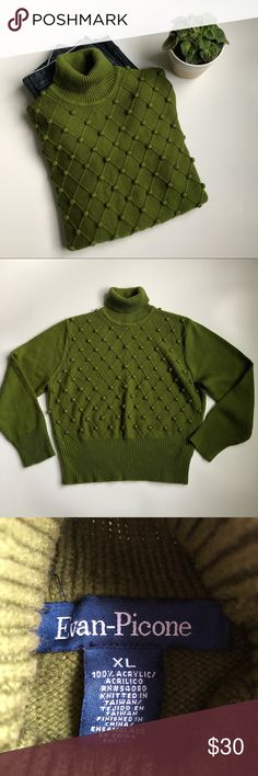 Evan-Pecone Green Pom Pom Sweater (HY23B4M) Beautiful color turtleneck pull over sweater in very good condition. Acrylic. Offers welcome. No trade Evan Picone Sweaters Cowl & Turtlenecks