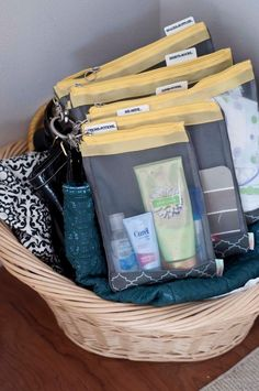 See how this Mom has all of her baby stuff packed and organized and ready to go! The sugarSNAP Files hold everything you carry with you, and once packed, make switching from one bag to another a SNAP! From A Few of My Favorite Things: sugarSNAP review and Giveaway!
