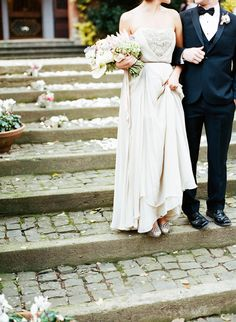 Italian elopement wedding inspiration | Photo by Jen Wojcik Photography | Read more -  http://www.100layercake.com/blog/?p=78691