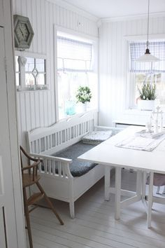 31 Swedish Home Decor You Will Definitely Want To Try - Home Decoration - Interior Design Ideas Swedish Home Decor, Swedish Kitchen, Scandinavian Cottage, Swedish Cottage, European Home Decor, Swedish House, Country Kitchen, Interior Design Boards, Shabby Chic Kitchen