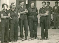 Spanish Girls, Catalan Independence, Self Determination, Children Images, Che Guevara, Barcelona, People, Espadrilles, War