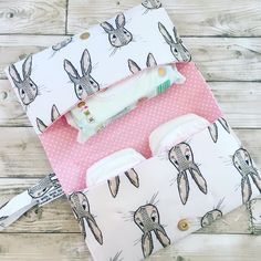 This lovely clutch bag is perfect for mums on the go. It holds a handful of nappies and a packet of wipes, and you could probably squeeze one or. Baby Sewing Projects, Sewing Crafts, Sewing Kits, Nappy Wallet, Baby Shower Deco, Diy Bags Purses, Operation Christmas Child, Geek Crafts, Christmas Sewing