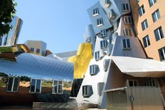 Frank Gehry...architectural chaos.