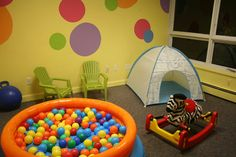 Reading/hiding tent, ball pit - bright colors