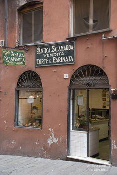Antica Sciamadda - via San Giorgio #invasionidigitali #genova 2014