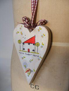 Houten hart beschilderen / beplakken met papier. (+ tekstje)