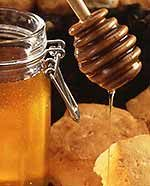 Manuka honey inhibits bacterial infections in multiple ways. Photo credit: USDA Scott Bauer