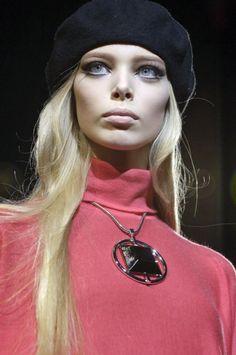 chanelresort:  Tanya Dziahileva at Versace F/W 2007