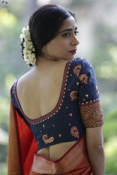 59 Ideas Fashion Model Poses Curves For 2019 Blouse Back Neck Designs, Fancy Blouse Designs, Traditional Blouse Designs, Kerala Saree Blouse Designs, Fashion Model Poses, Stylish Blouse Design, Blouse Models, Lehenga, Sarees