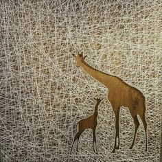 Items similar to Giraffe Mama and Baby String Art on Etsy String Wall Art, Nail String Art, String Crafts, Diy Wall Art, Diy Art, Resin Crafts, Wall Decor, String Art Templates, String Art Patterns
