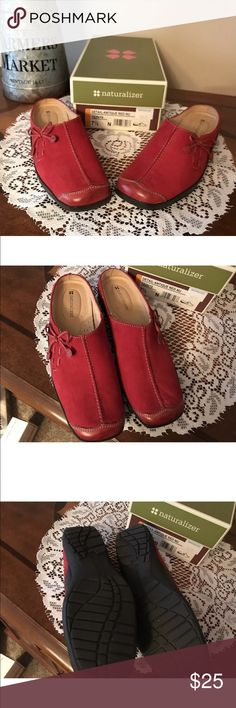 Naturalizer Red Suede Mules Clogs NWT ~ 7.5 N Naturalizer Red Suede Mules Clogs NWT ~ 7.5 N Naturalizer Shoes Flats & Loafers