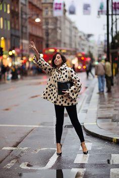 major topper. #SaniaClausDemina in London.