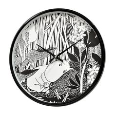 Beautiful black and white Moomintroll dreaming wall clock by Saurum. High quality product for Moomin fans of all ages. Plastic, silent silky move, ⌀32cm. Comes with a 2-year guarantee, includes an AA-battery.Kaunis mustavalkoinen Muumipeikko unelmoi seinäkello Saurumilta. Korkealaatuinen Muumi-tuote kaikenikäisille. Muovia, liukusekuntiosoitin, ⌀32cm. 2 vuoden takuu, sisältää AA-pariston.Vacker svartvit Mumintrollet drömmer väggklocka av Saurum. Hög kvalitets Mumin-produkt för alla åldrar…