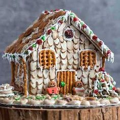 100 Best Gingerbread House Ideas Holiday Treats, Holiday Fun, Christmas Time, Christmas Crafts, Christmas Decorations, House Decorations, Christmas Ideas, Christmas Foods, Christmas Parties