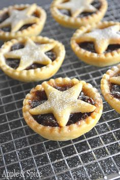 Starry mince pies from Apple & Spice
