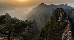 Sunrise II Huangshan 黄山-China - null
