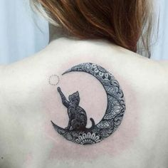 hilal ay ve kara kedi dövmesi crescent moon and black cat tattoo