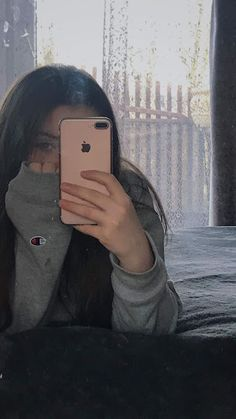 Pearl saved to inszenierungChampion hoodie - Cute Girl Photo, Girl Photo Poses, Girl Photography Poses, Tumblr Photography, Fashion Photography, Fake Girls, Bad Girl Aesthetic, Selfie Poses, Insta Photo Ideas