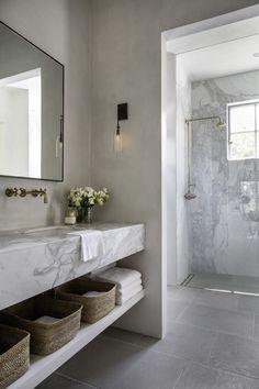 Small Home Interior The Best Interior Design Trends for 2020 Interior Design Minimalist, Best Interior Design, Bathroom Interior Design, Modern Bathroom Design, Bathroom Designs, Modern Home Design, Interior Design Masters, Simple Interior, Interior Livingroom