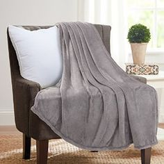 Amazon.com: Bedsure Soft Microfiber Cozy Flannel Throw Blanket, for Bed or Couch - Grey, 50x60: Home & Kitchen