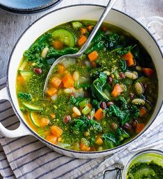 Quick and easy bean soup, based on Dr Michael Mosley's fasting diet. Less than 300 calories. Heart Healthy Recipes, Low Carb Recipes, Soup Recipes, Diet Recipes, Healthy Meals, Healthy Food, Recipies, Healthy Eating, 800 Calorie Meal Plan