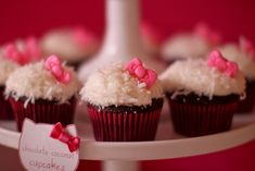 Hello Kitty cupcakes Stella's Hello Kitty Party | Jenny Cookies