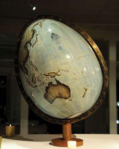 """o0o - Easter Egg """"Globe"""" - o0o"""