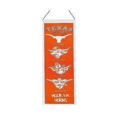 NCAA Texas Longhorns Winning Streak Heritage Banner ($30) ❤ liked on Polyvore featuring home, home decor e texas longhorns