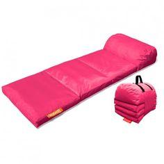 Smooff, il letto portatile https://www.design-miss.com/smooff-il-letto-portatile/ Smooff è un letto portatile che permette di sdraiarsi e rilassarsi dove si vuole, anche all'esterno grazie a uno speciale rivestimento in poliestere. Disponibile in 14 diverse colorazioni al prezzo di 99 euro.  Il letto portatile Smooff Lounge Cushy Il letto portatile Smooff è resistente e...