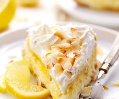 No Bake Lemon Macaroon Cheesecake is a coconut filled cheesecake on top of a golden oreo crust. Topped with lemon curd and fresh whipping cream this .