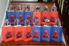 Spiderman gift bags, they have these at the dollar store superhero birthday party, Spiderman Theme Party, Superhero Birthday Party, 6th Birthday Parties, Birthday Party Decorations, Boy Birthday, Party Favors, Birthday Ideas, Spider Man Party, Gift Bags